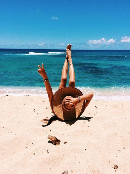 826909a397e3a429f1d7c869fbae2303-photo-beach-girl-photo-beach-ideas